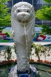 Merlion ett mytiskt symbol som används för Singapore med lejonhuvudet och fisksvansen royaltyfria foton