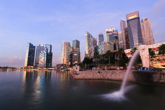 Merlion fountain in front of the Marina Bay Stock Photo