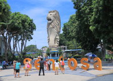 Merlion i den Sentosa ön Singapore Arkivfoto
