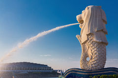 Merlion punkt zwrotny Singapur Obrazy Stock