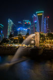 Merlion, une mascotte et personnification nationale de Singapour photo stock