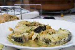 Merluches en sauce verte Photo libre de droits