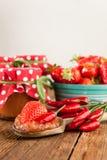 Mermelada de fresa con el chile Fotos de archivo libres de regalías