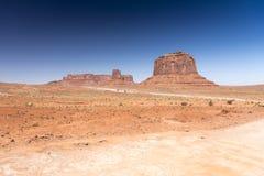 Merrick Butte en Schildwacht Mesa Monument Valley Arizona stock foto