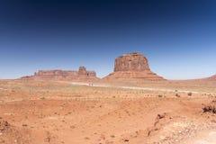 Merrick Butte en Schildwacht Mesa Monument Valley Arizona royalty-vrije stock afbeelding