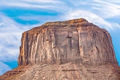 Merrik-Butte im Monumenttal Stockfotografie