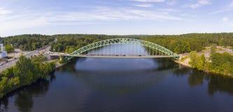 Merrimack河在Tyngsborough, MA,美国 免版税库存图片