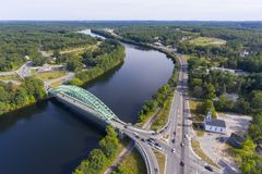 Merrimack河在Tyngsborough, MA,美国 库存照片