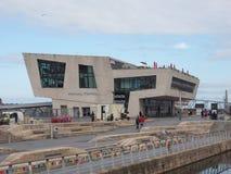 Mersey-Fähre Pier Head in Liverpool lizenzfreie stockfotografie