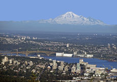Merto Vancouver w Burrard Inlet and Mt. Baker Royalty Free Stock Images