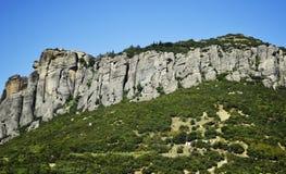 Merveille de Meteora de montagne du monde dans des monastères de la Grèce sur les roches Photo libre de droits