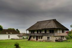 Mesón tradicional rumano 1800's fotos de archivo