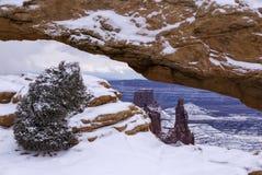 Mesa曲拱在冬天 库存照片