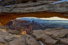 Mesa曲拱,天空的海岛, ut 免版税库存图片