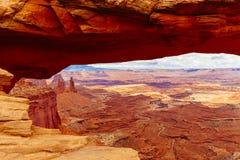 Mesa Arch, het Nationale Park van Canyonlands dichtbij Moab, Utah, de V.S. Stock Foto