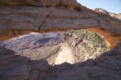 Mesa-båge i Canyonlands N.P. Arkivbilder