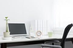 Mesa de escritório Fotos de Stock Royalty Free
