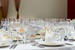 Mesa de jantar branca Wedding imagens de stock royalty free