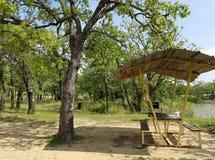 Mesa de picnic - lago Nocona Tejas fotos de archivo