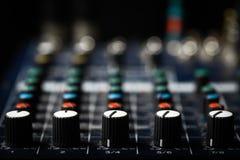 Mesa do misturador da música Imagens de Stock