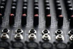Mesa do misturador da música Fotografia de Stock