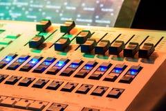 Mesa do misturador da música Fotografia de Stock Royalty Free