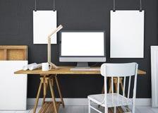 Mesa do trabalho do modelo com um PC 3d Imagem de Stock Royalty Free