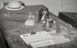Mesa dos professores da velha escola   Foto de Stock