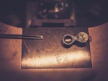 Mesa para la joyería del arte Fotografía de archivo