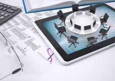 Mesa redonda, PC de la tableta, libro, calculadora, vidrios Fotos de archivo