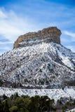 Mesa verde国家公园沙漠山冬天雪风景 免版税库存图片