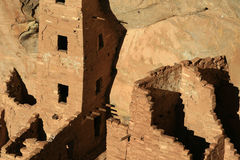 Mesa Verde Cliff Dwellings Glowing in der Nachmittagssonne in 4 Ecken Lizenzfreie Stockbilder