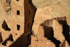 Mesa Verde Cliff Dwellings Glowing en el sol de la tarde en 4 esquinas imágenes de archivo libres de regalías