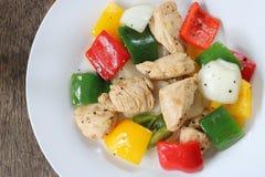 Mescoli il pollo fritto ed il peperone dolce immagine stock libera da diritti