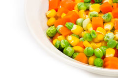 Mescoli le verdure in una ciotola su fondo bianco Immagini Stock Libere da Diritti