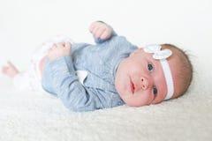 1 mese adorabili di neonata Immagini Stock