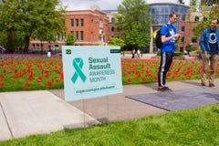 Mese di consapevolezza dell'aggressione sessuale all'università di Oregon Immagini Stock