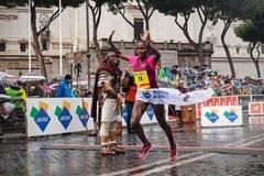 Meseret Kitata Tolwak som segras kvinnornas lopp på den 21. Rome Mars royaltyfri foto