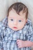 2 meses del bebé en casa Imagenes de archivo