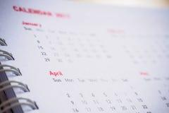 Meses y fechas en calendario Fotos de archivo