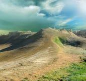 Meseta Shalkar-Nura del pico y de las cuestas Foto de archivo