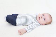3 mesi svegli di neonata Immagine Stock