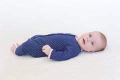 2 mesi svegli di neonata Fotografie Stock Libere da Diritti