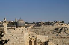 Mesquita de Aqsa do Al e minarete - Islão em uma Terra Santa Fotografia de Stock Royalty Free