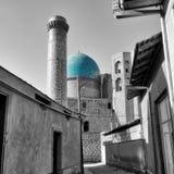 Mesquita de Bibi-Khanym da Rota da Seda velha em Samarkand, Uzbekist Foto de Stock Royalty Free
