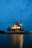 Mesquita de flutuação de Putrajaya Fotografia de Stock Royalty Free