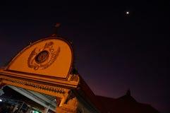 Mesquita de Gedhe Kauman na noite imagem de stock