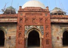 Mesquita de Isa Khan Niyazi no complexo do túmulo de Humayun, Deli, Índia fotos de stock