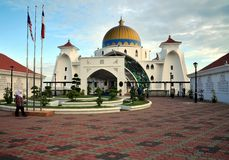Mesquita de Masjid Selat, Malacca, Malaysia Imagens de Stock Royalty Free