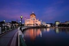Mesquita de Omar Ali Saifuddien da sultão em Brunei imagens de stock royalty free